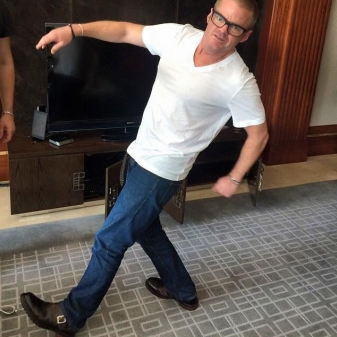 Heston down under, sporting his Jeffery-West Norton Biker Chelsea Boots, for the opening of The Fat Duck in Melbourne.  If only we could be there!