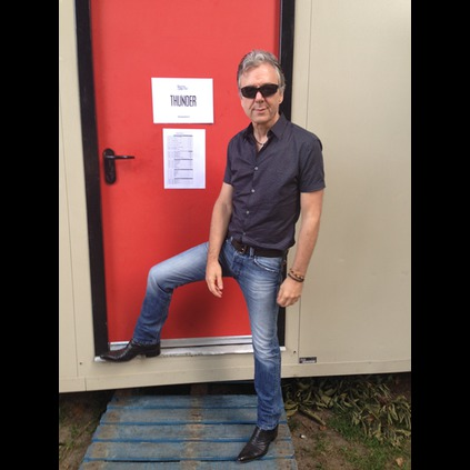 Guitarist Ben Matthews of Thunder backstage at the Ramblin Man fair, in his Rochester Keefs!