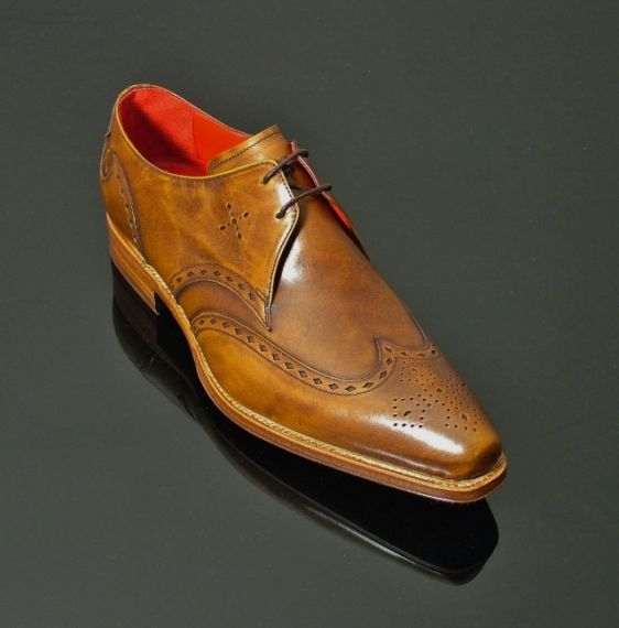 Lugosi - 'Renfield' Wing Gibson Polished Tan