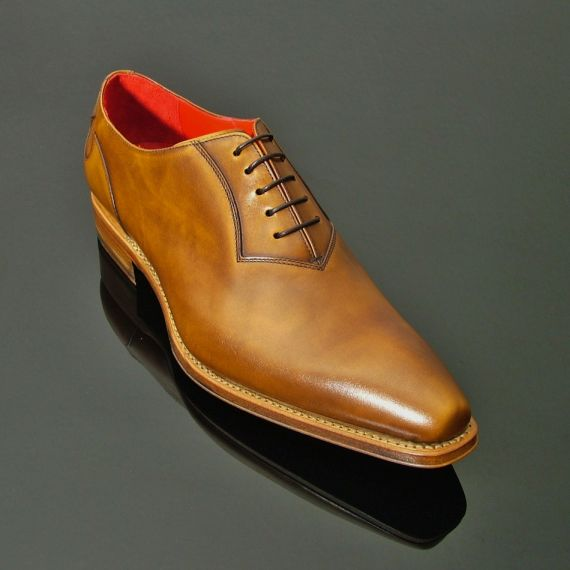 Lugosi - 'Harker' Plain Front Oxford
